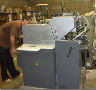 full service printing machines from www.armsprinting.com